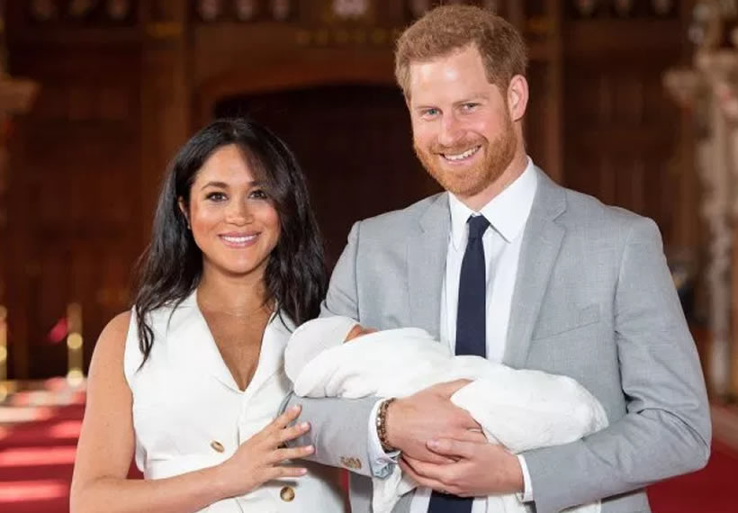 Meghan Markle Flies to Baby Archie in Canada After Announcing Step Back From Royal Duties